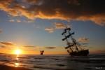 El galeon y el poste del cable