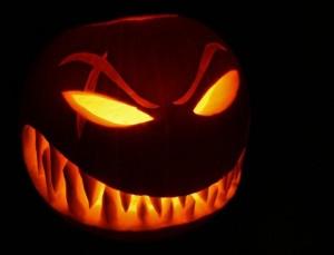 calabaza de halloween con cicatriz